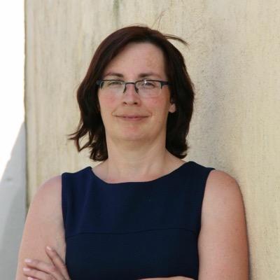 Sandra J Paul